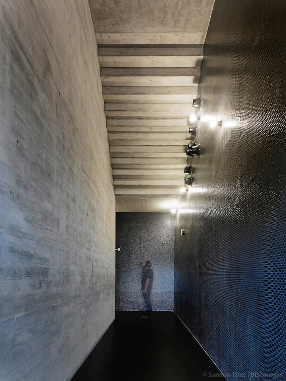 La Corua Center For The Arts / aceboXalonso studio
