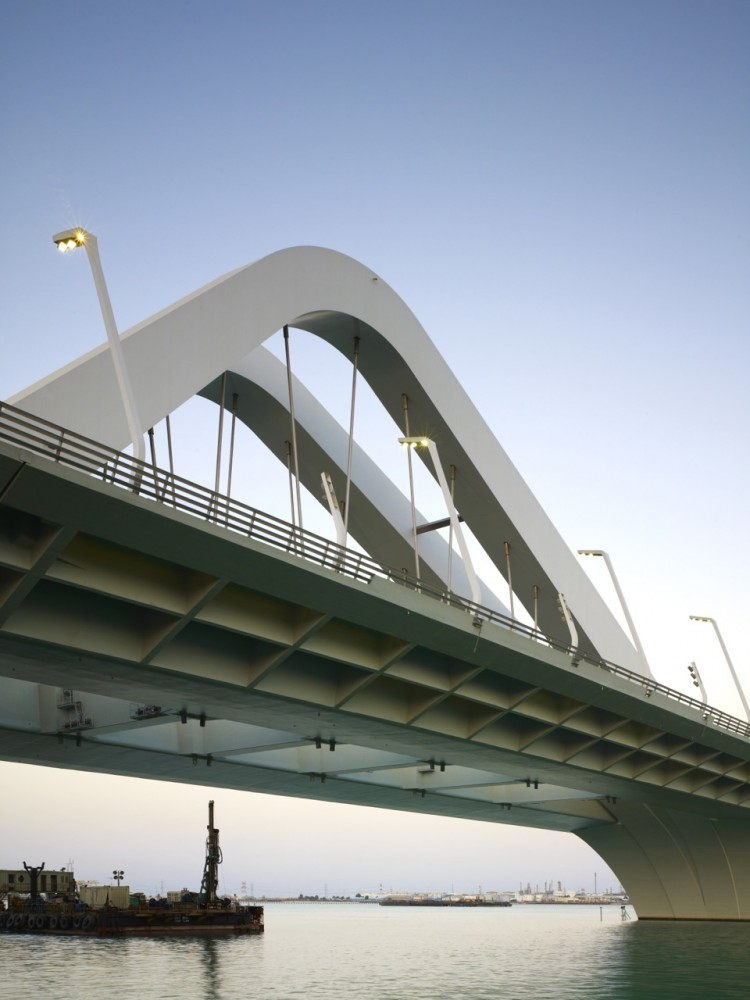 Sheikh Zayed Bridge / Zaha Hadid Architects