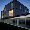 Houses Over The Ria De Aveiro / RVDM © FG+SG