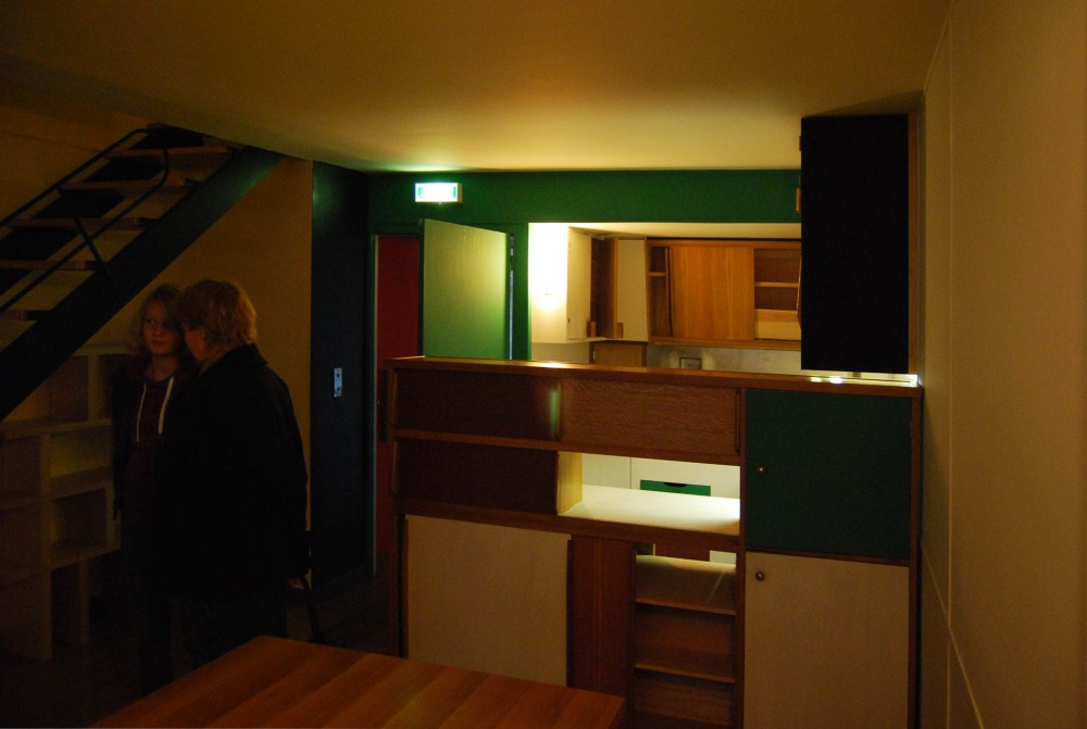 Fire Update and Interior Tour of Le Corbusier's Unité d' Habitation in Marseille