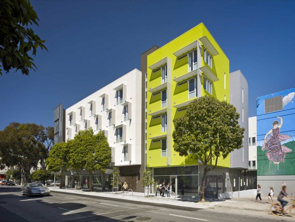 Richardson Apartments / David Baker + Partners