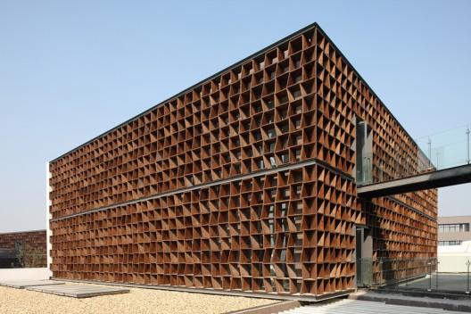 Plot 6 & Tea House in Jiangsu Software Park / Atelier Deshaus