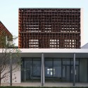 Plot 6 & Tea House in Jiangsu Software Park / Atelier Deshaus (5) © Shu He
