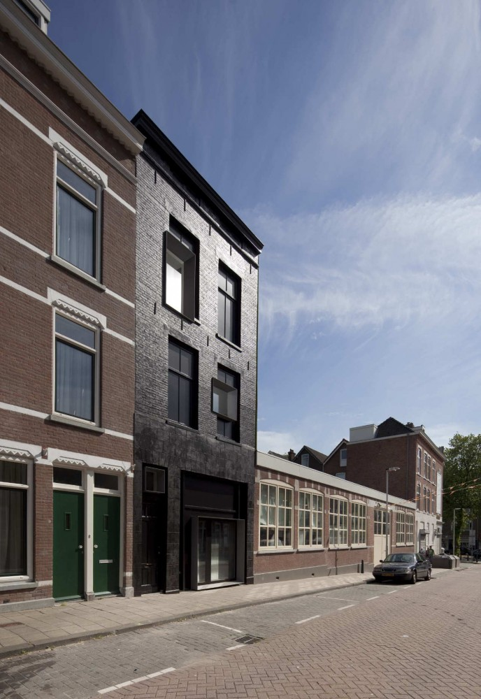 Black Pearl / Studio Rolf.fr + Zecc Architecten