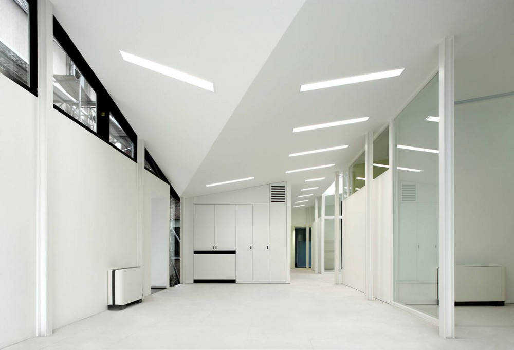 Bank Office / Dierendonck Blancke Architecten