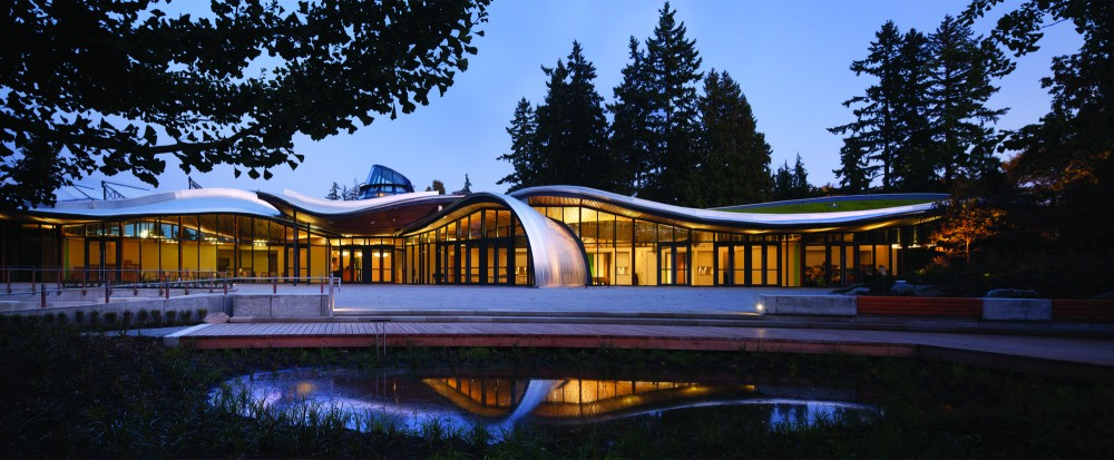 VanDusen Botanical Garden Visitor Centre / Perkins+Will