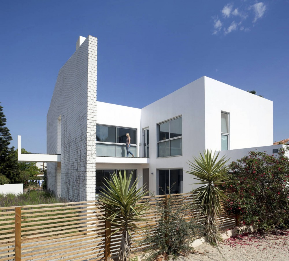 House N / Sharon Neuman Architects & Oded Stern-Meiraz