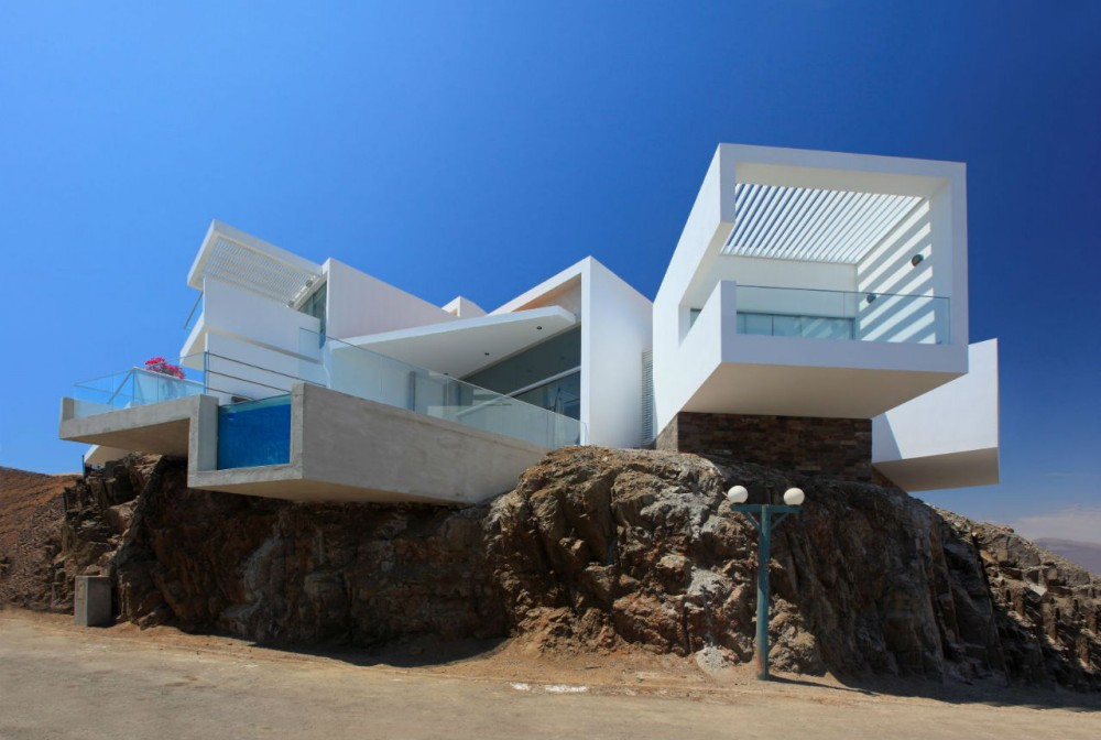 Beach House I-5 / Vrtice Arquitectos