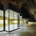 Exhibition and Retail Pavillion in the Concert Hall in the Postojna Cave / Studio Stratum (3) © Miran Kambič