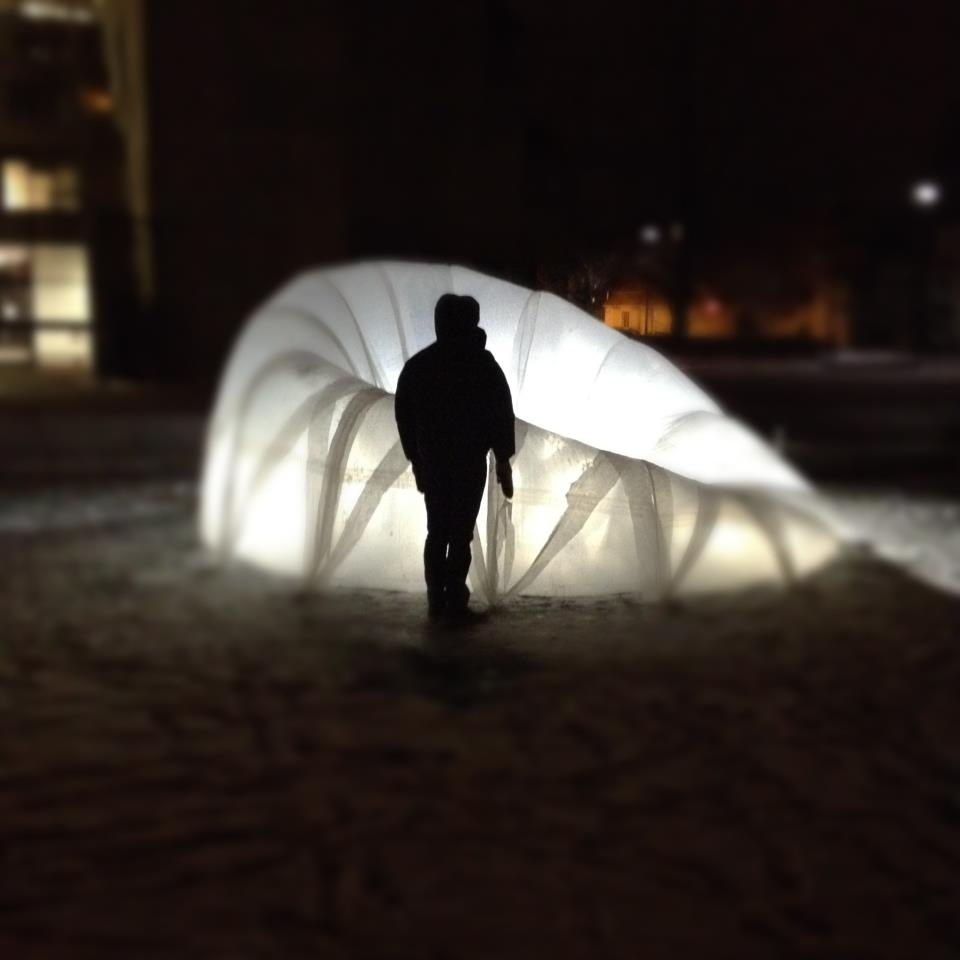 Fabricating Grounds: Ice Shelter Installation / Koepcke + Prado