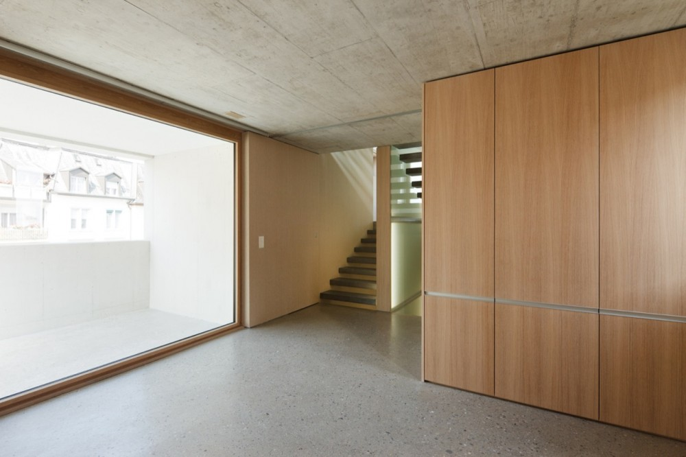 Townhouse in Horgen / Moos Giuliani Herrmann Architekten