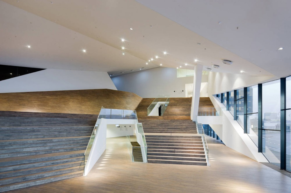 EYE &#8211; New Dutch Film Institute / Delugan Meissl Associated Architects