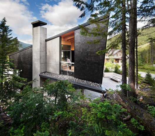 Whistler Residence / BattersbyHowat Architects  Sama Jim Canzian