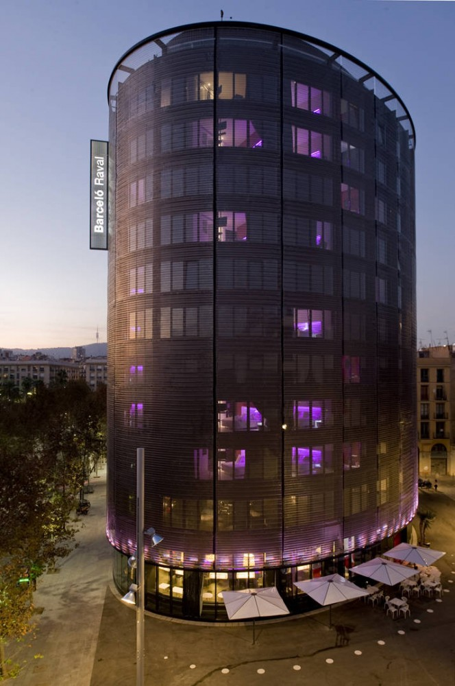 Barcel Raval Hotel / CMV Architects