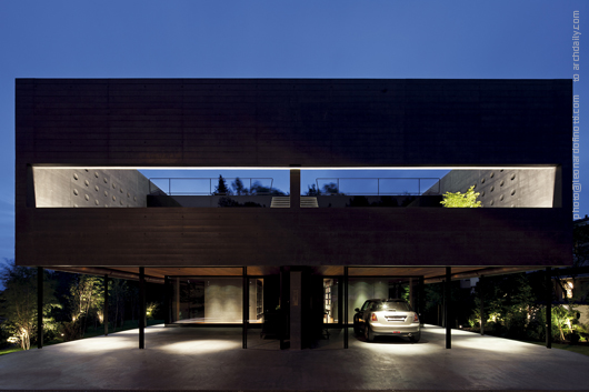 Kastanienbaum Twin Houses / Lussi + Halter