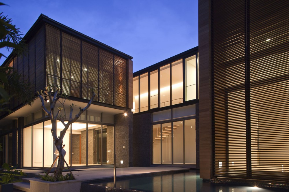 22 Oei Tiong Ham Park / AR43 Architects