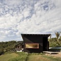 Owhanake Bay House / Strachan Group Architects (1) &#xa9; Patrick Reynolds