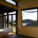 Owhanake Bay House / Strachan Group Architects (6) &#xa9; Patrick Reynolds