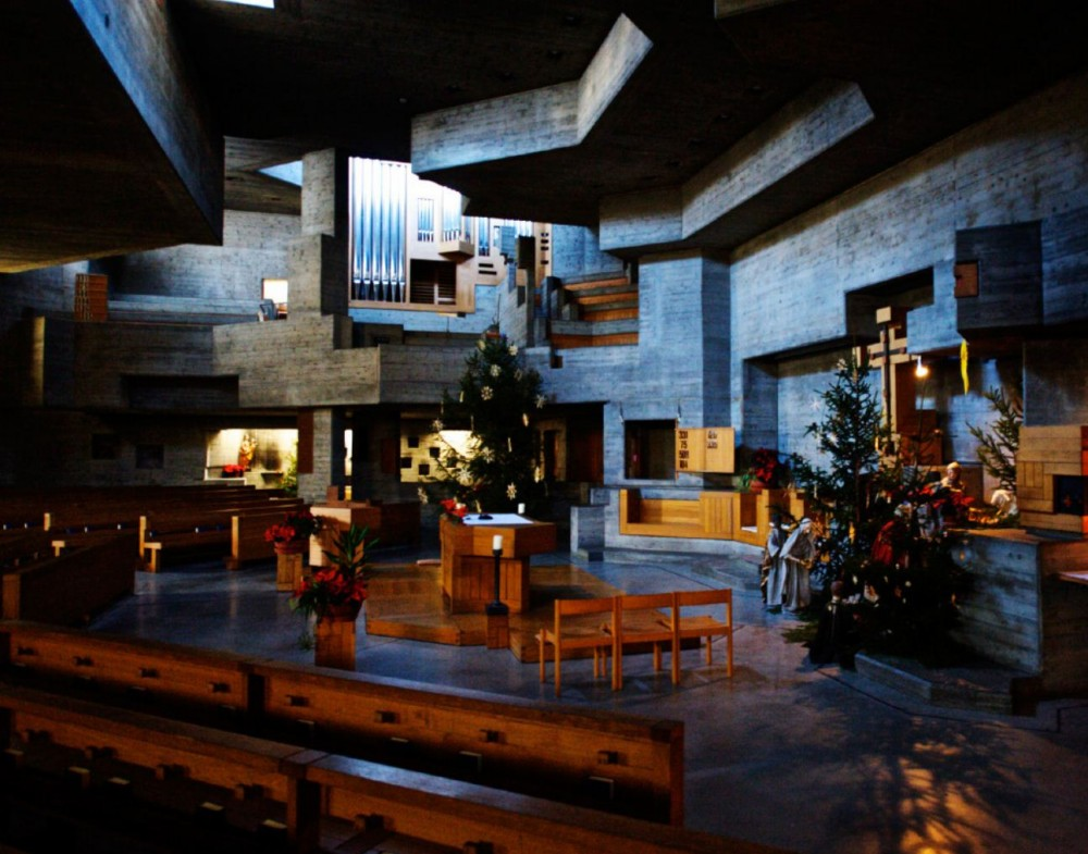 AD Classics: Holy Cross Church in Chur, Switzerland / Walter Frderer