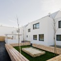 40 x Residing in Aspern, Vienna / SUE Architekten (4)  Hertha Hurnaus