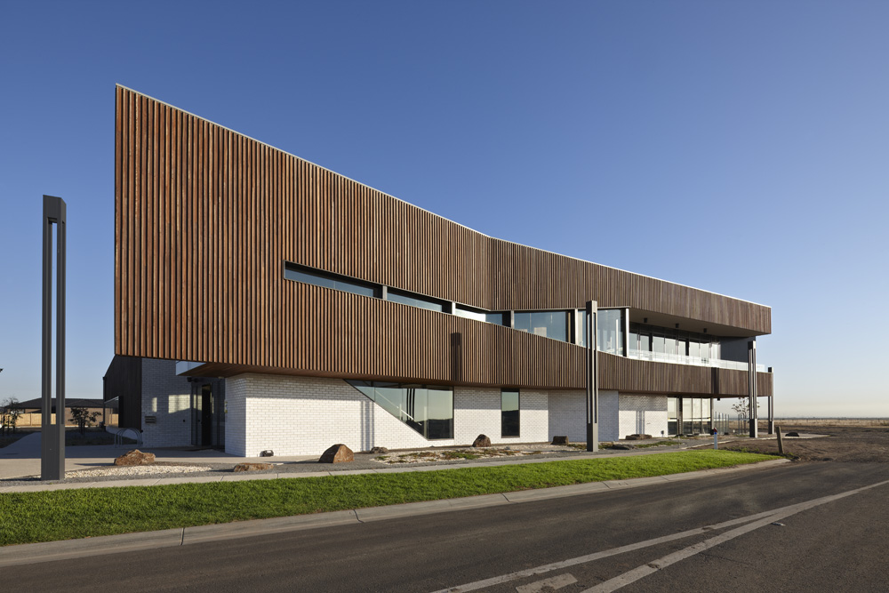 Saltwater Coast Lifestyle Centre / NH Architecture