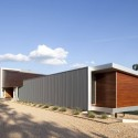 Postcard House / Hufft Projects Courtesy of Hufft Projects