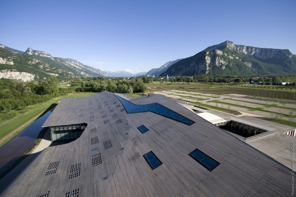 Rossignol Global Headquarters / Hérault Arnod Architectes