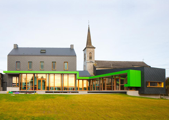 School Barvaux-Condroz / LR Architects