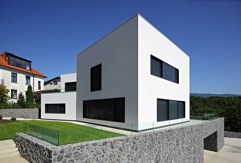 Jelenovac Residence / DVA Arhitekta
