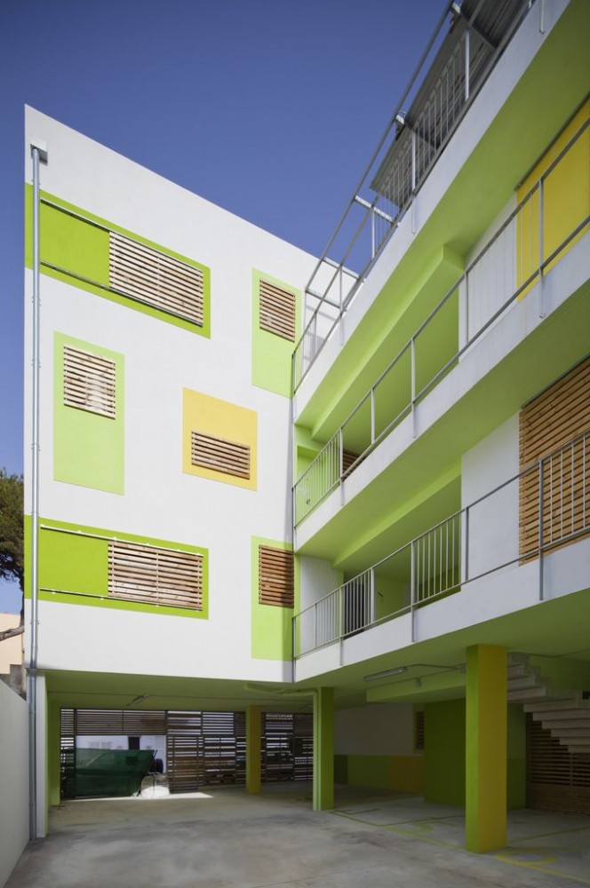 Latticework Apartment Block / Juana Canet Arquitectos &#038; Angel M Martn Cojo Architect