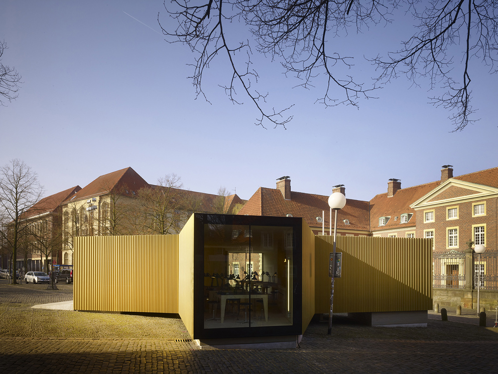 Golden Workshop / Modulorbeat Ambitious Urbanists & Planners