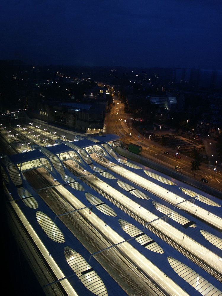 Arnhem Central Platforms / UNStudio