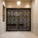 The Barnes Foundation Building / Tod Williams + Billie Tsien (24) Gallery Doors (closed), looking toward the Court. The Barnes Foundation, Philadelphia.  2012 Tom Crane