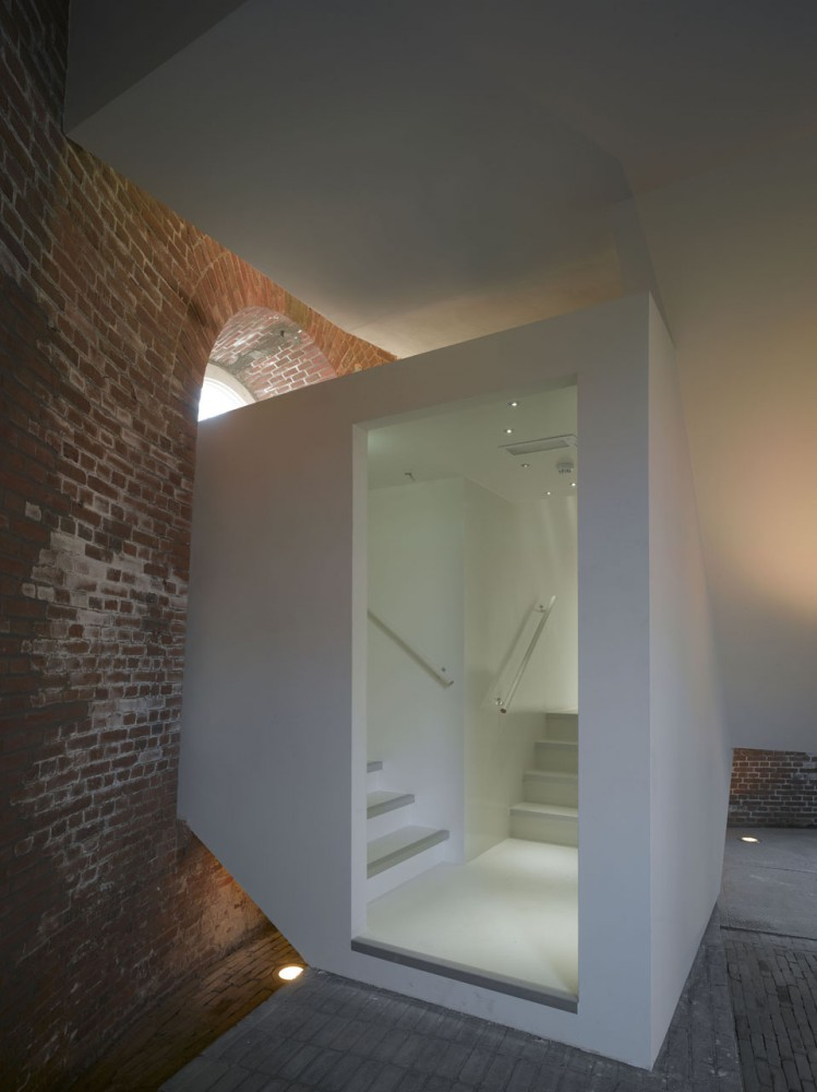 Watertower / Rocha Tombal Architects
