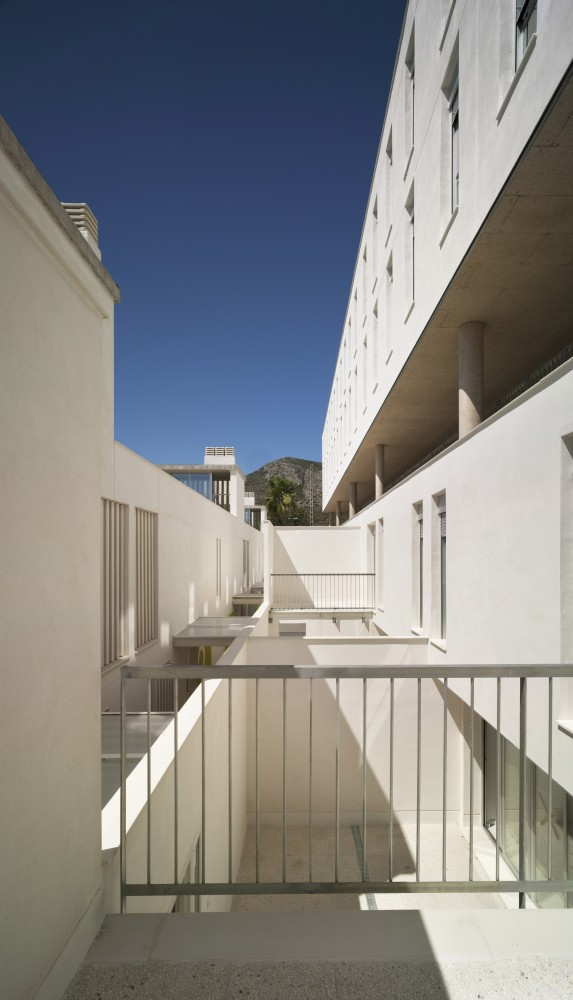 New Civil Guard Barracks House in Oropesa del Mar / espegel-fisac arquitectos