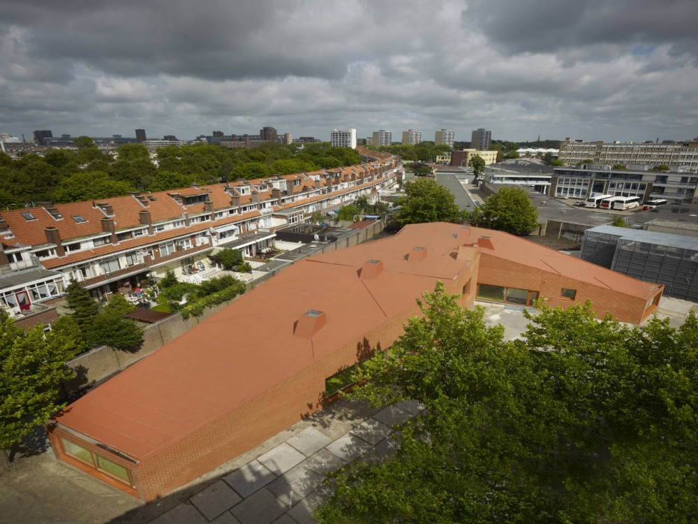 Primary School The Hague / Rocha Tombal Architects