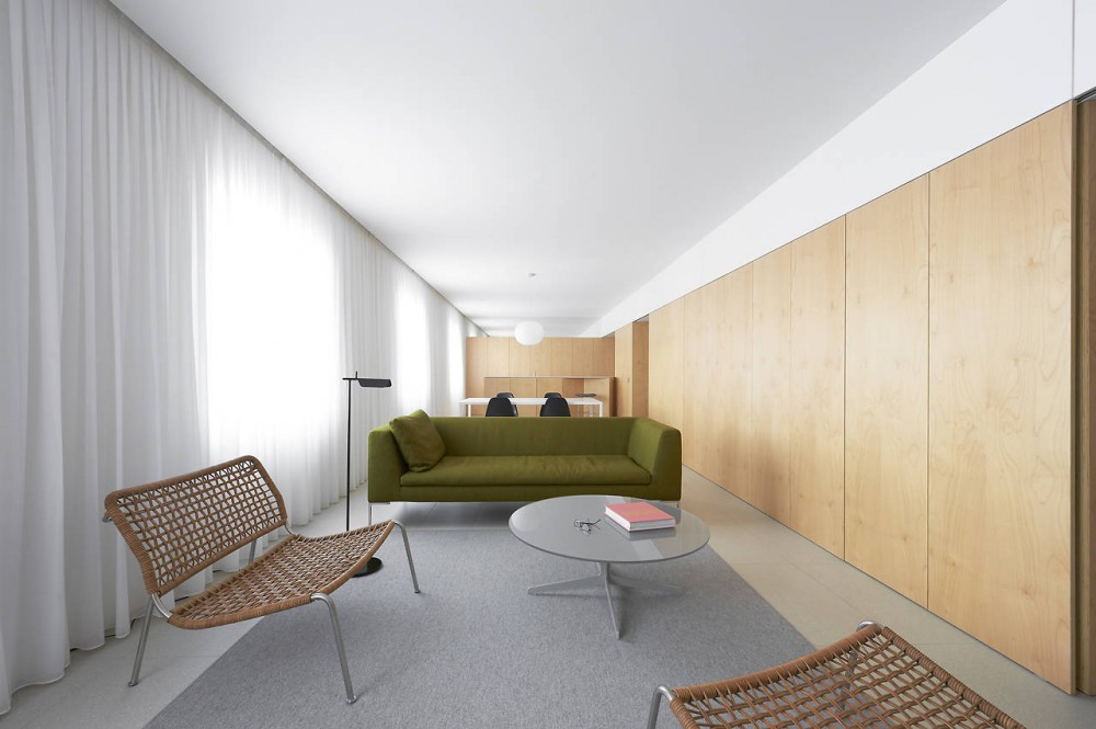 Apartment Refurbishment in Pamplona / Iigo Beguiristain