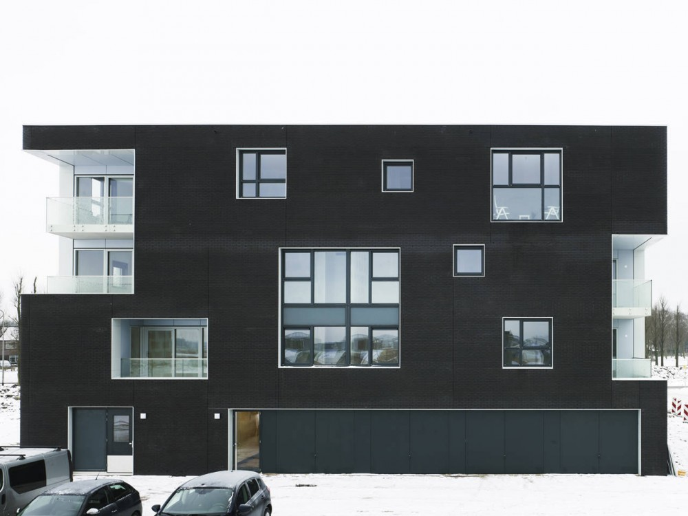 29 Apartments in Blaricum / Casanova &amp; Hernandez Architects