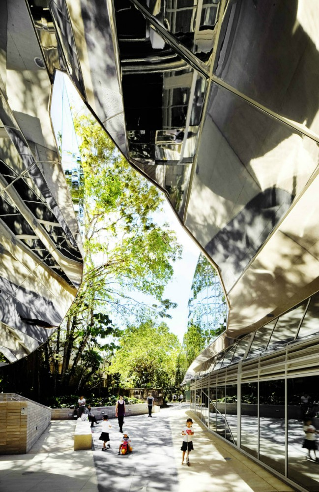 Cairns Botanic Gardens Visitors Centre / Charles Wright Architects