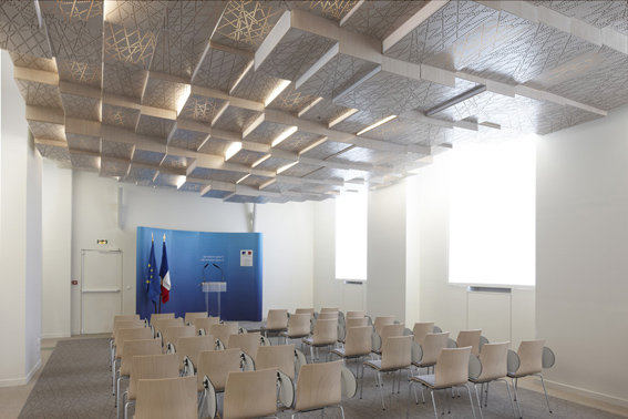 Press Conference Room of the French Ministry of Agriculture / h2o Architectes