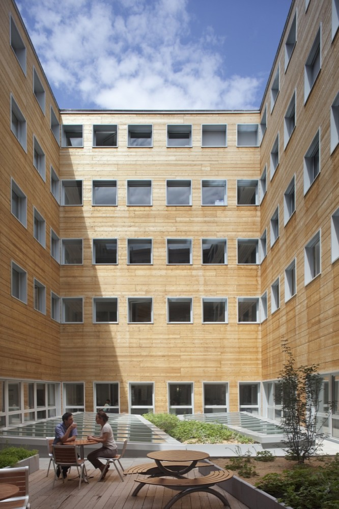 Office Building in Lyon / Jean-Paul Viguier Architecture