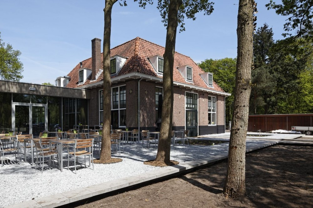 Stayokay Hostel Soest / Personal Architecture BNA