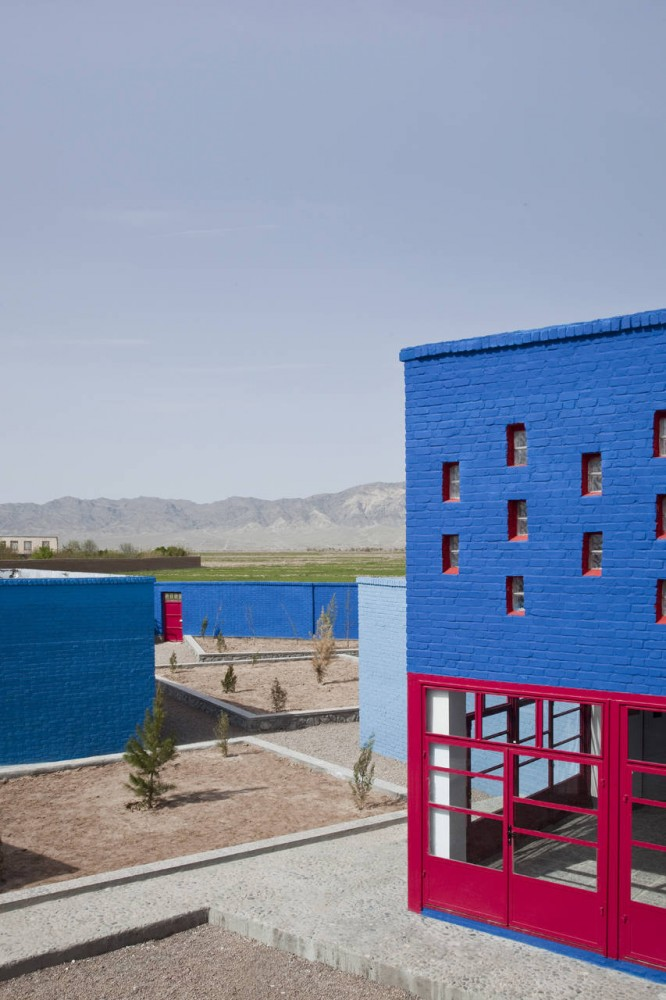 Maria Grazia Cutuli Primary School / 2A+P/A + IaN+ + MaO