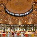 2012 AFP Premios de Vivienda para la Arquitectura (11) McMurtry y Colegios Duncan / Hanbury Evans Wright Vlattas Empresa + con Hopkins Architects - Cortesía de la AIA © Robert Benson Fotografía