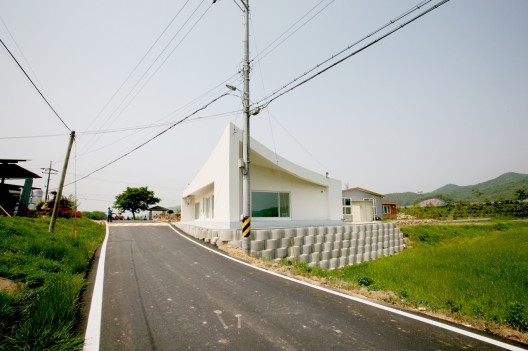 Roof 3 / Hyunjoon Yoo Architects (19) © Courtesy of Hyunjoon Yoo Architects