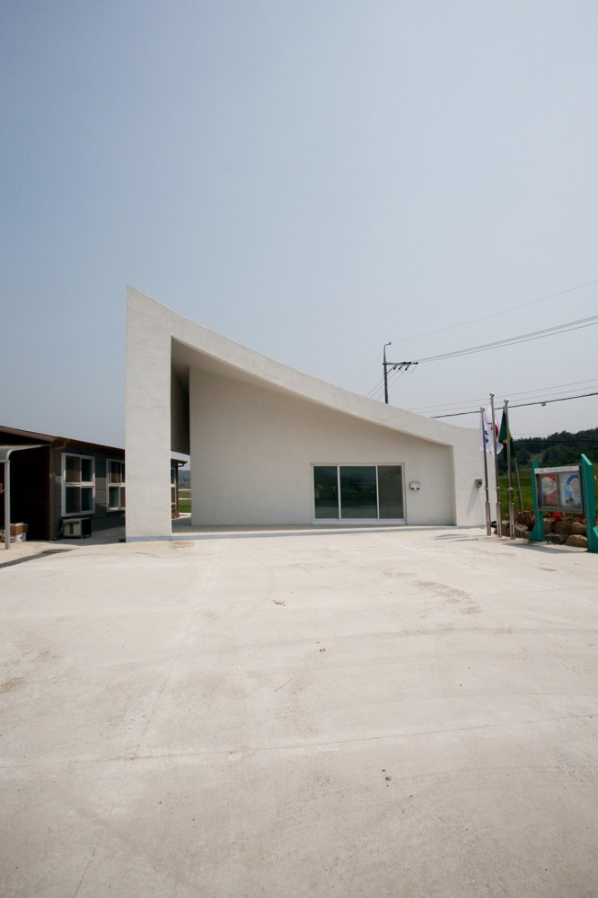 Roof 3 / Hyunjoon Yoo Architects