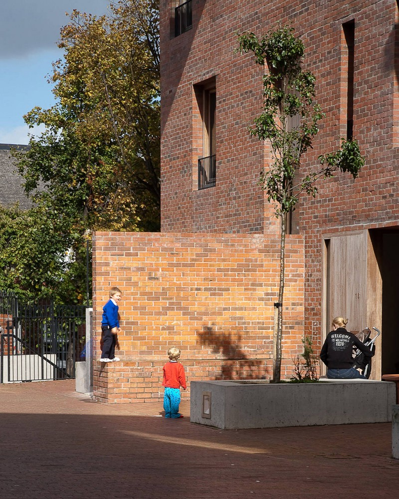 Timberyard Social Housing / O'Donnell + Tuomey Architects