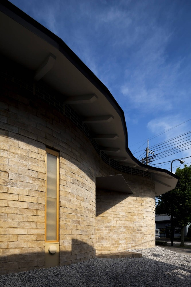 Earth Bricks / Atelier Tekuto