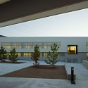 "Kindergarden, Primary and Secondary School ""Les Vinyes"" (12) © Eugeni Pons"