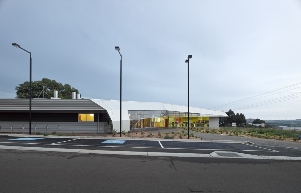 GippsTAFE Learning Centre / Paul Morgan Architects